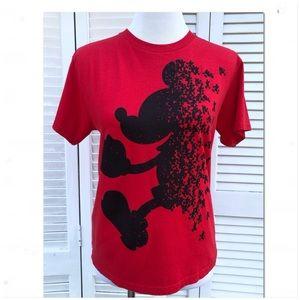 EUC Red Mickey t-shirt w/running mickeys Sz xl